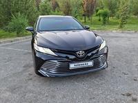 Toyota Camry 2019 года за 14 400 000 тг. в Шымкент