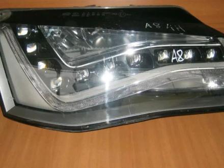 Фары передние левый и правый Audi A8 D4 за 335 000 тг. в Алматы