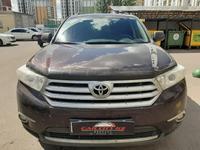 Toyota Highlander 2013 года за 13 400 000 тг. в Нур-Султан (Астана)