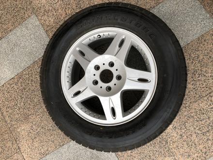 Запаска Запасное колесо запасные колеса на Mercedes Benz G class мерседес за 50 000 тг. в Алматы – фото 3