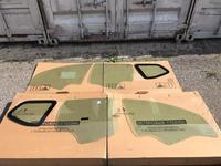 Задние боковые стекла Renault Duster за 888 тг. в Караганда
