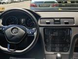 Volkswagen Passat 2019 года за 11 400 000 тг. в Алматы – фото 3