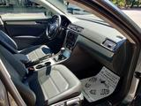 Volkswagen Passat 2019 года за 11 400 000 тг. в Алматы – фото 4