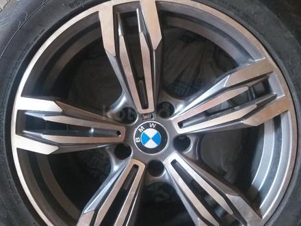Диски с резиной r18 BMW за 200 000 тг. в Кокшетау