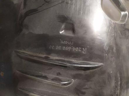 W204 подкрылок переднего правого крыла для Mercedes w204 за 25 000 тг. в Алматы – фото 4