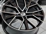 Volkswagen Touareg 21 за 470 000 тг. в Алматы – фото 3