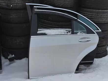 Дверь на мерседес W221 S350 за 3 000 тг. в Алматы – фото 4