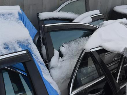 Дверь на мерседес W221 S350 за 3 000 тг. в Алматы – фото 6