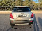 Chevrolet Tracker 2014 года за 5 600 000 тг. в Жанаозен – фото 2