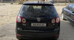Volkswagen Golf Plus 2007 года за 4 100 000 тг. в Актобе – фото 2