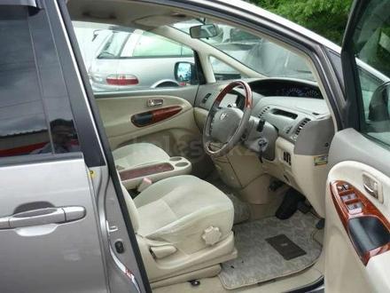Toyota Estima 2004 года за 2 500 000 тг. в Алматы – фото 13