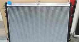 Радиатор на Крузак 200 за 142 000 тг. в Алматы