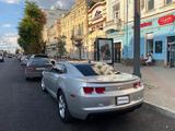 Chevrolet Camaro 2012 года за 7 500 000 тг. в Уральск – фото 2