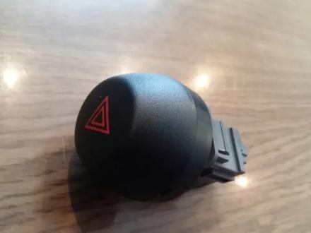 Кнопка аварийки аварийной сигнализации Toyota RAV 4 за 10 000 тг. в Семей