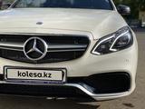 Mercedes-Benz E 400 2013 года за 12 000 000 тг. в Караганда – фото 4