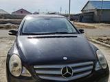 Mercedes-Benz R 350 2007 года за 4 800 000 тг. в Атырау – фото 2