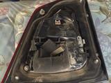 Фонарь левый на двери (внутренний треугольник) от Toyota Land Cruiser… за 5 000 тг. в Уральск – фото 2