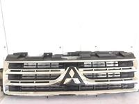 Решетка радиатора на Mitsubishi Pajero за 100 тг. в Алматы