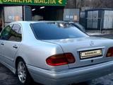 Mercedes-Benz E 320 1996 года за 2 000 000 тг. в Кордай – фото 5