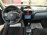 Nissan Almera 2006 года за 2 350 000 тг. в Актобе – фото 2