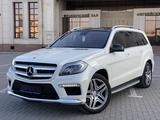 Mercedes-Benz GL 500 2012 года за 17 000 000 тг. в Караганда