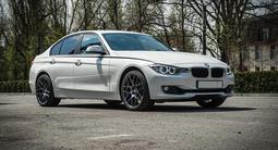 BMW 320 2015 года за 11 000 000 тг. в Алматы
