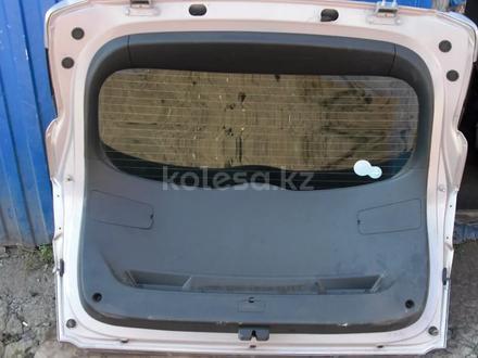Крышка багажника Hyundai Tucson 3 за 170 000 тг. в Алматы – фото 2