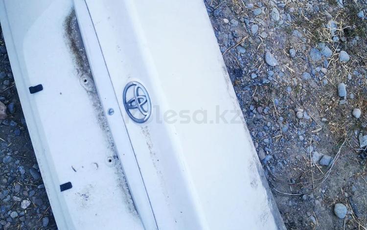 Крышка богажника за 25 000 тг. в Шымкент