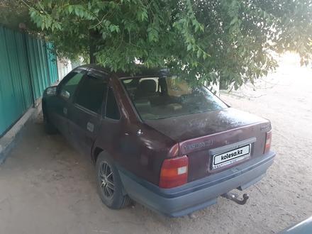 Opel Vectra 1993 года за 630 000 тг. в Актобе – фото 3