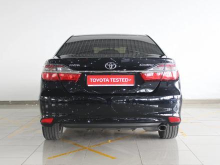 Toyota Camry 2015 года за 10 306 390 тг. в Шымкент – фото 4