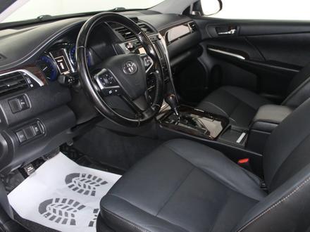 Toyota Camry 2015 года за 10 306 390 тг. в Шымкент – фото 8