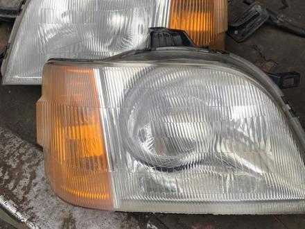 Передние фары Honda Stepwgn (1996-2001) за 30 000 тг. в Алматы