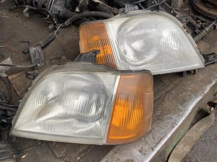 Передние фары Honda Stepwgn (1996-2001) за 30 000 тг. в Алматы – фото 3