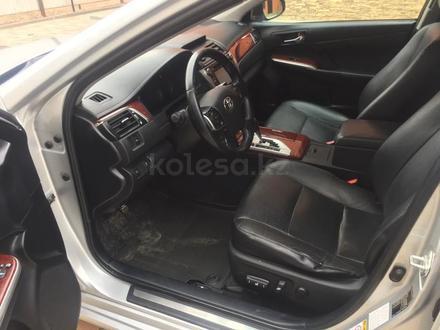 Toyota Camry 2012 года за 6 500 000 тг. в Актобе – фото 12