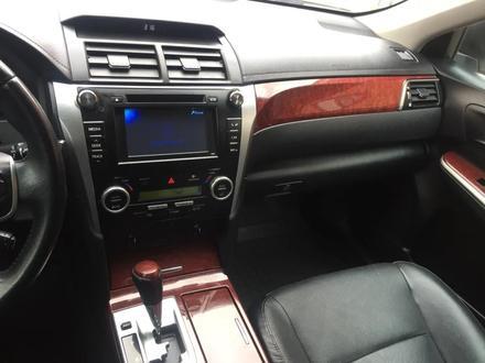 Toyota Camry 2012 года за 6 500 000 тг. в Актобе – фото 14
