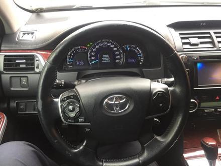 Toyota Camry 2012 года за 6 500 000 тг. в Актобе – фото 19