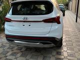 Hyundai Santa Fe 2021 года за 19 700 000 тг. в Шымкент – фото 3
