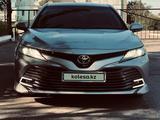 Toyota Camry 2018 года за 12 400 000 тг. в Костанай
