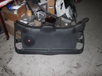 Пластик, обшивка на крышку багажника хайлэндер. Toyoto Highlander за 999 тг. в Караганда