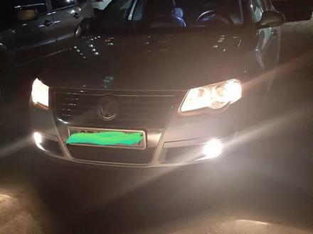 Volkswagen Passat 2008 года за 3 500 000 тг. в Уральск