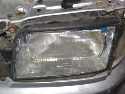 Фары передние на Audi 100 c4 за 20 000 тг. в Алматы – фото 2