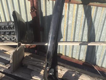 Боковые стойки кузова приора за 15 000 тг. в Темиртау