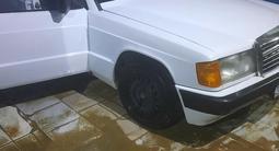 Mercedes-Benz 190 1992 года за 750 000 тг. в Актау