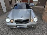 Mercedes-Benz E 320 2001 года за 6 000 000 тг. в Шымкент – фото 4