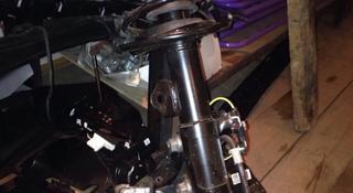 Амортизатор в комплекте на тойоту кароллу за 111 111 тг. в Алматы