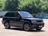 Land Rover Range Rover Sport 2011 года за 10 000 000 тг. в Алматы