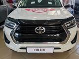 Toyota Hilux Prestige 2021 года за 24 464 750 тг. в Уральск – фото 2