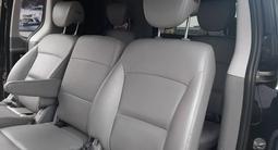 Hyundai Starex 2019 года за 14 500 000 тг. в Алматы – фото 2