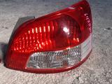 Плафон задние Toyota Yaris за 60 000 тг. в Актобе – фото 2