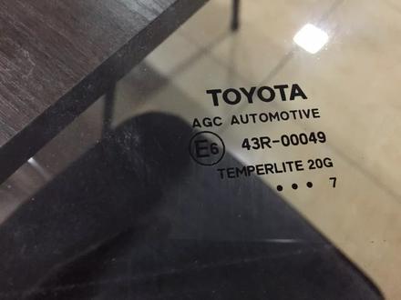 Стекло переднее левое Toyota rav4 за 35 000 тг. в Костанай – фото 3